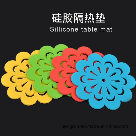 Heat Resistant Silicone Kitchen Trivets Mat, Silicone Table Mat