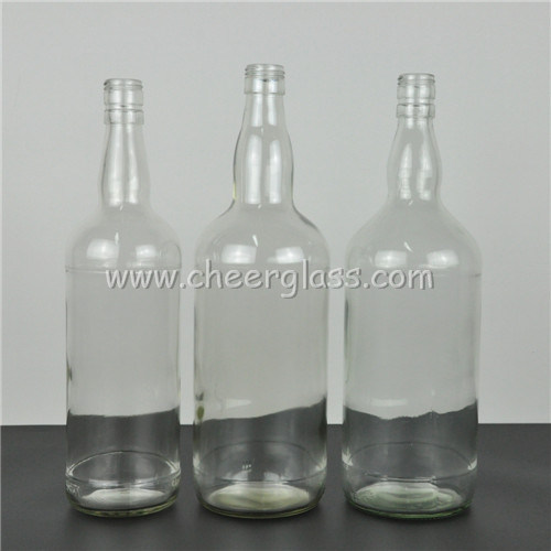 China Supplier 1500ml Big Glass Liquor Bottle Whisky Bottle pictures & photos