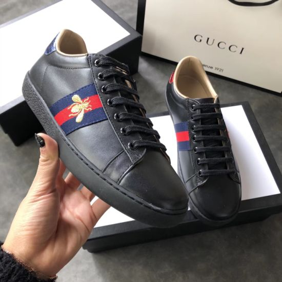 537180983 Mens Designer Luxury Shoes White Women Sneakers Good Embroidery Bee Cock  Tiger Dog Fruit on The