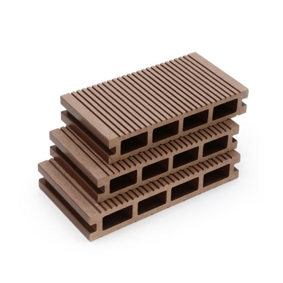 Wood Plastic Composite Decking for Garden, Outdoors Fence with High Quality WPC Flooring
