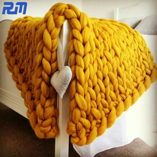 New Type Household External Use Knit Blanket Chunky Thread Warming Blanket pictures & photos