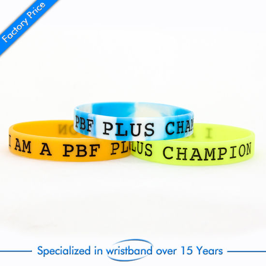Custom Cheap Debossed Silicone Wristband for Souvenir Girls Adult Kids pictures & photos
