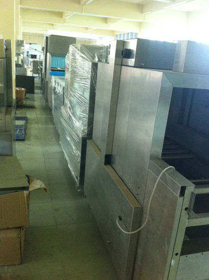 Eco-L500 Automatic Conveyor Dishwasher with Slagging Machine pictures & photos