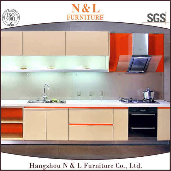 Modern Kitchen Cabinet Customized Light Color Painted Glossy