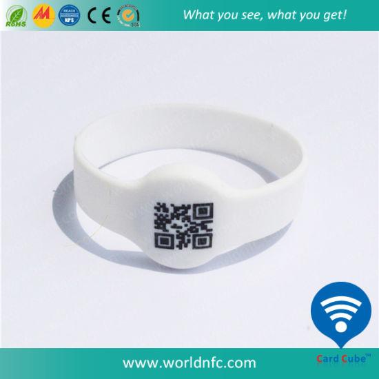 Qr Code 13.56MHz Ntag213 RFID Custom Silicone Wristband