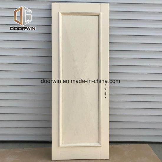 China White Solid Oak Wood Interior Raised Panel Door China Wood