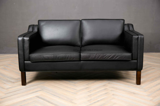 Foshan Furniture Solid Wood Inner Frame 2 Seat Leather Black Sofa