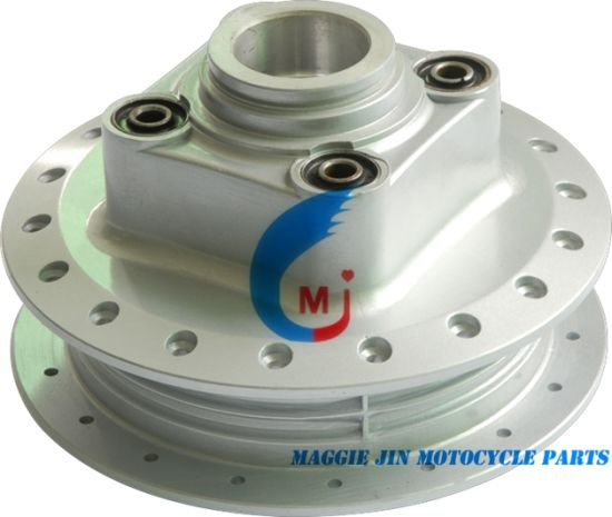 Motorcycle Parts Motorcycle Rear Hub for Titan2000 pictures & photos