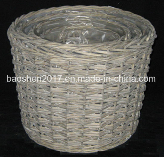 Willow Planter Basket With Plastic Liner