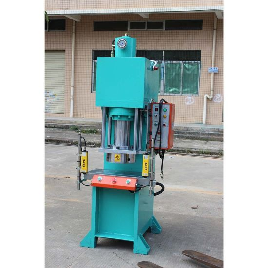 Dry Powder Automatic Hydraulic Press (ZY7210) pictures & photos