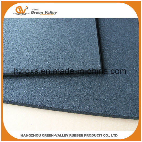 Indoor and Outdoor Anti-Slip Rubber Flooring Tiles Mats for Gym
