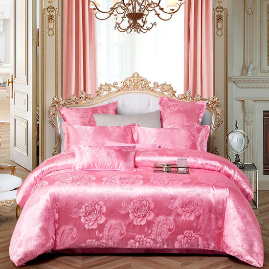 Luxury Europea Style Floral Collection Light Pink Color Silk Like Satin Bedspreads Bedroom Set Jacquard Bedding Set pictures & photos