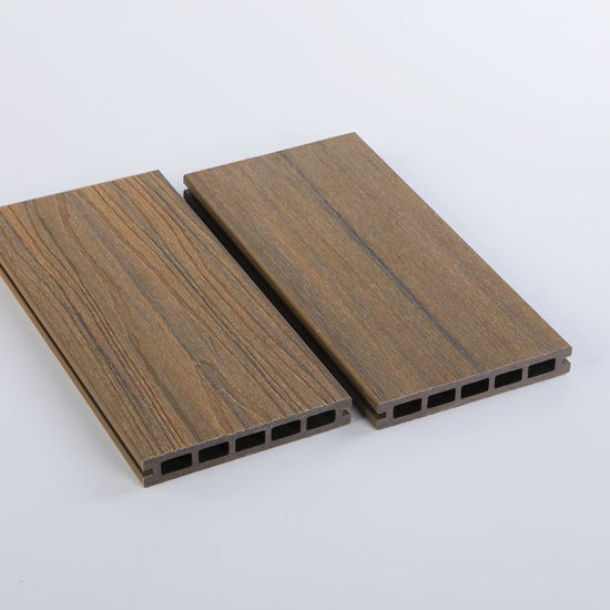 100% Recycled Wood Plastic Composite Hollow Decking with Excellent Service
