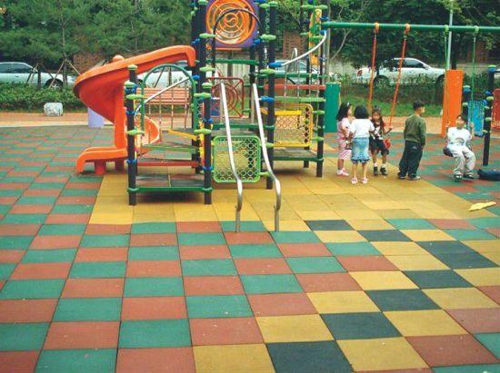 Factory Wholesale Outdoor Rubber Flooring for Children Playground Children Play Equipment