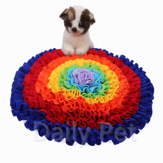 Dog Snuffle Mat Round Snack Feeding Slow Feeders Sniffing Nosework Training Mat pictures & photos