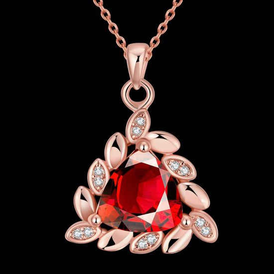 Western Hot Sale New Design Triangle Zircon Pendant Necklace pictures & photos