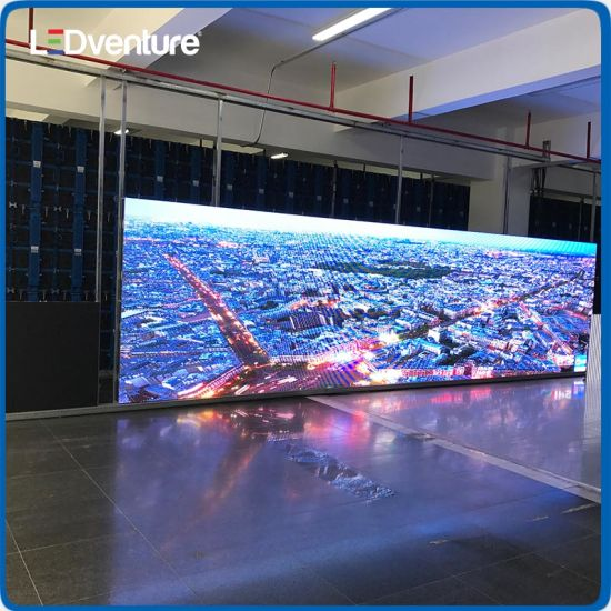 China Full Color Indoor Outdoor Rental Event LED Display Screen