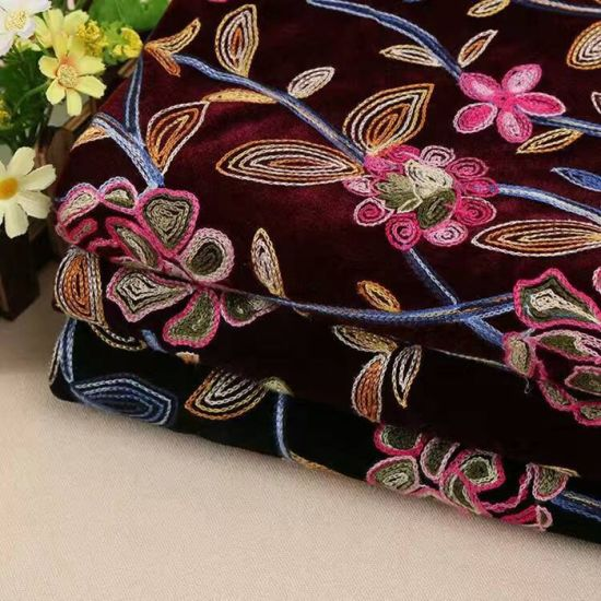 High Quality Embroidery Flower Lace Fabric for Garment
