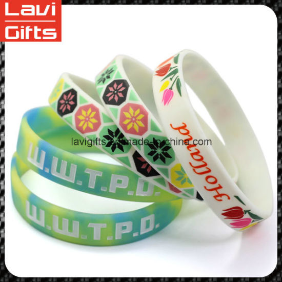 Hot Sell Cheap Silicone Rubber Bracelet with Logo pictures & photos