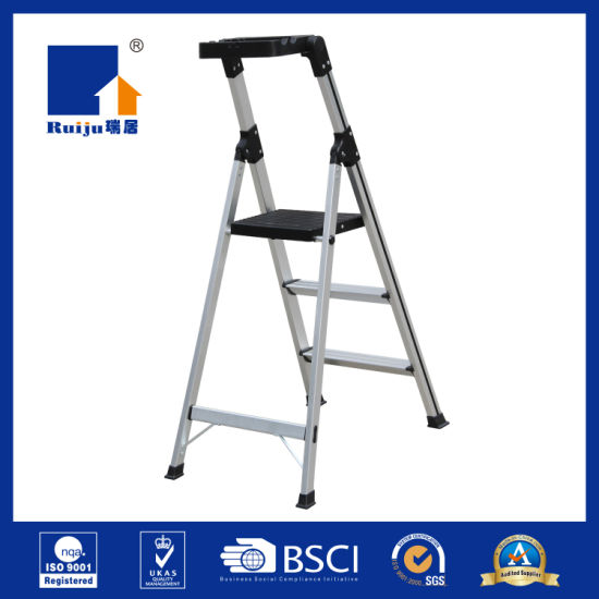 Aluminum Handhold Safety Ladder pictures & photos