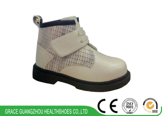 Kids Health Shoes with Velcro Closure Leather Ortho Boots pictures & photos