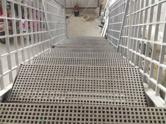 Tec-Sieve Moulded FRP/GRP Grating Stair Treads