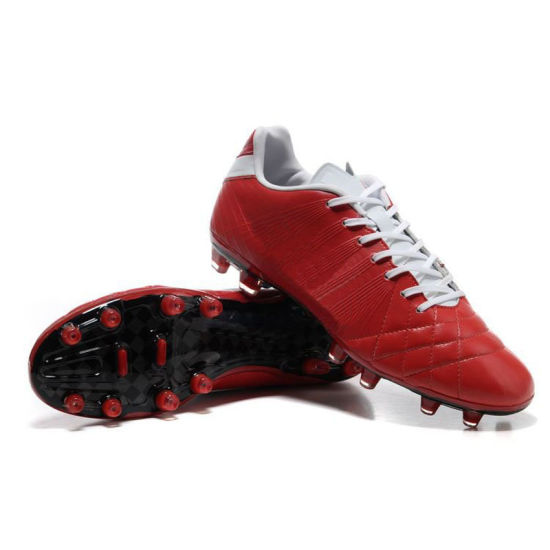 OEM New Cheap Football Boots pictures & photos