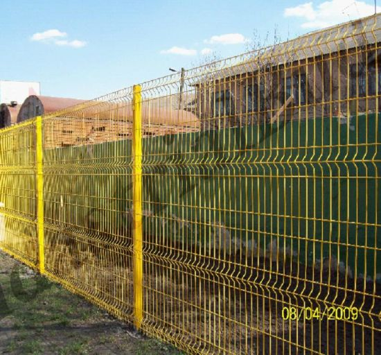 China Powder Coated Welded Wire Mesh Fence/Nylofor 3D Fence Panel ...