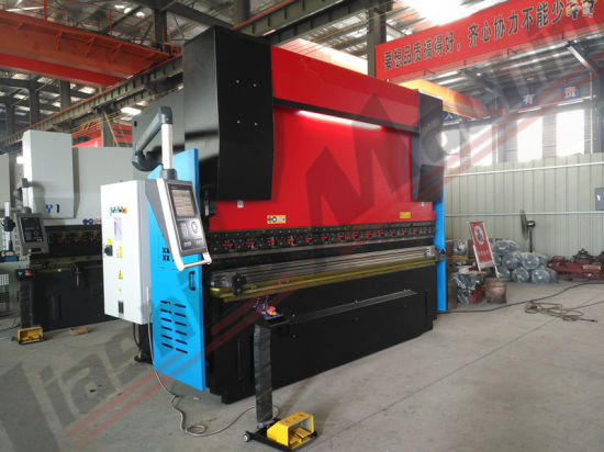 Jiashida MB8-100t*3200 Sheet Metal Hydraulic Folding Machine pictures & photos
