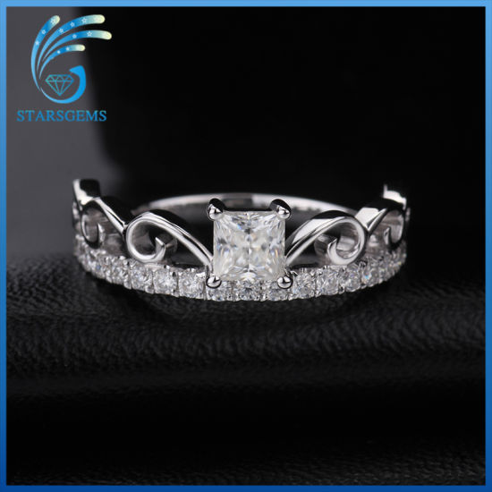 1 Carat Princess Cut White Color Moissanite Stones Silver Fashion Ring pictures & photos