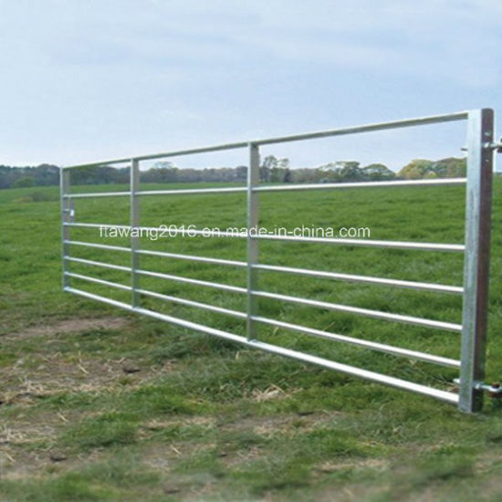 Galvanized Cattle Hurdles / Fence Panel pictures & photos