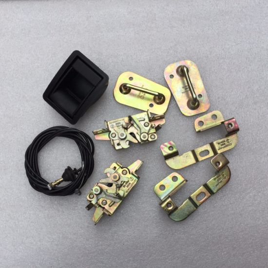 Auto Truck Spare Part Radiator Cover Lock for Shacman Truck