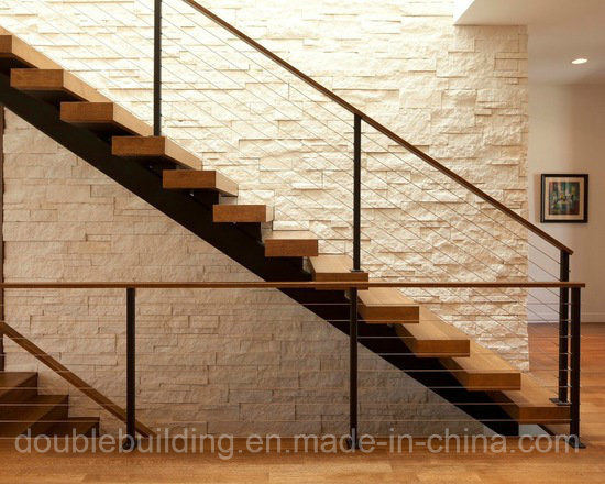 Anti-Slip Stair Treads Carbon Steel Stringer Villa Wood Staircase pictures & photos