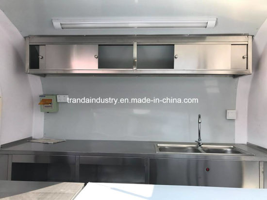 with Ce Approved Movable Restaurant Truck pictures & photos