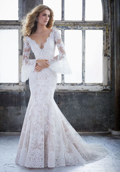 China Latest 2018 Vintage Lace Long Sleeve Wedding Dress - China ...