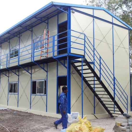 Prefabricated Light Steel Structure House with 50mm EPS Sandwich Panel pictures & photos