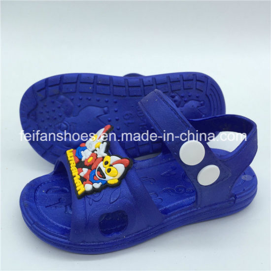 56d788b3f645 Good Quality Children Slippers Outdoor Sandals Footwear (FCL1116-7)  pictures   photos