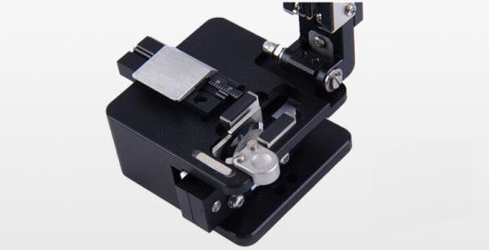 Made in China High Quality Fiber Optic Cleaver pictures & photos