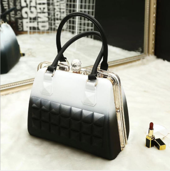 2019 Customized Eco-Friendly Women PVC Material Handbags Jelly Doctor Bag pictures & photos