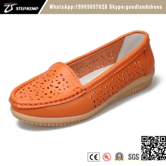 Handmade Genuine Leather Lady′s Casual and Light Steamed Loafer Shoes1141 pictures & photos