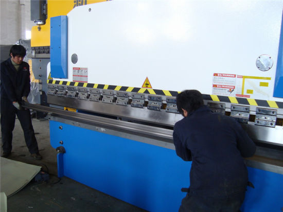 Hydraulic Press Brake Angle Fold-Bend Machine pictures & photos