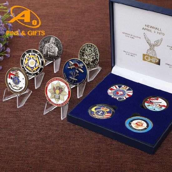 China Wholesale Custom 3D Maker Souvenir Gold Military Metal Award Silver Alloy Token Commemorative Antique Army Navy Medal Box Air Force Replica Challenge Coin