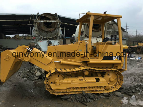 Yellow-Coat 3~5-Cubic-Meter 7000kg Crawler Caterpillar D3c Used Hydraulic Bulldozer pictures & photos