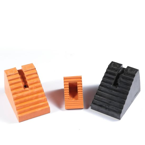 Rubber Wedge with Orange & Black Color, Rubber Wheel Chock, Rubber Car Stopper pictures & photos