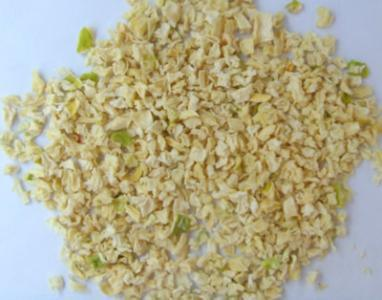New Crop High Quality Dehydrated 8*8 Onion Kibbled pictures & photos