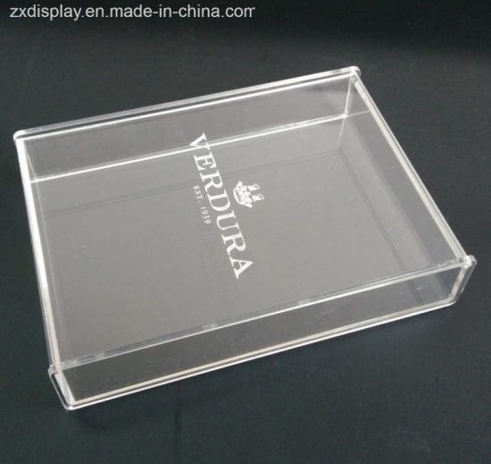 China Engraved Logo Clear Acrylic Jewelry Gift Box With Hinged Lid