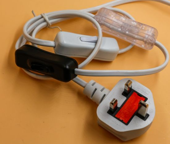 SAA Plug 2pin Power Cord with 303 on/off Switch with E12 pictures & photos