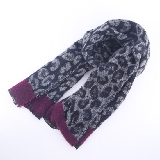 Winter Polyester Woven Fashion Pattern Thermal Scarf
