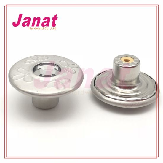 Plastic Insert Nickle Color Middle with Crystal Metal Buttons