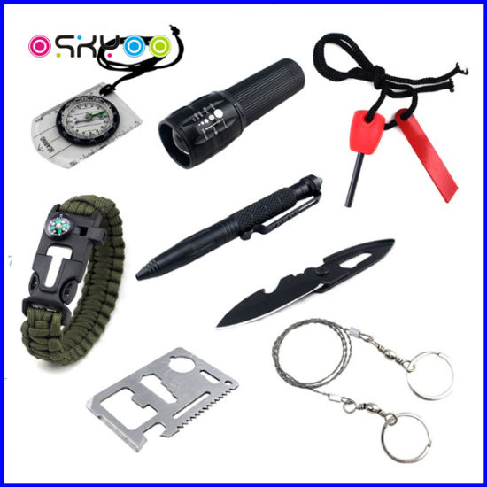 11 in 1 Outdoor Camping Emergency Kit Survival Gear Tool pictures & photos
